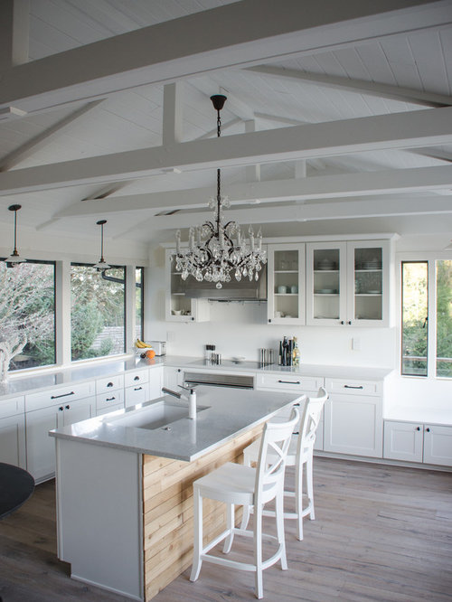 White Wood Chandelier Home Design Ideas, Pictures, Remodel ...