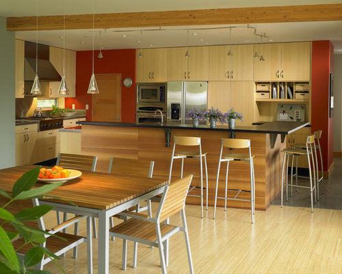 Elegant Trendy Eat In Kitchen Photo In Seattle With Stainless Steel Appliances,  Flat Panel