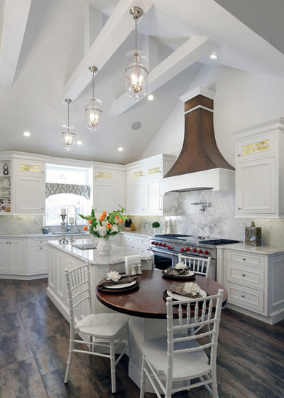 Country Kitchen by Aladdin Remodelers