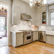 Craftsman Kitchen by Bella Vista Company