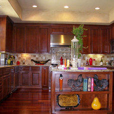 Traditional Kitchen by Molto Bene Studios