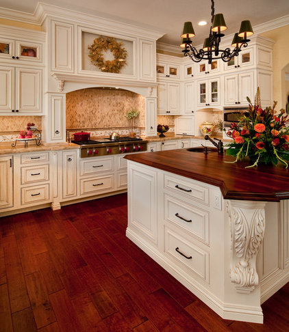 Traditional Kitchen by Jay Rambo Co.