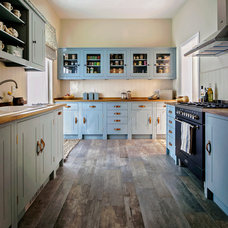 Traditional Kitchen by British Standard
