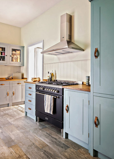 How to dress british style kitchens