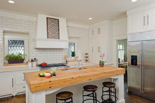 Traditional Kitchen by Christopher Architects and Interiors