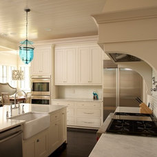 Traditional Kitchen by DWELL ing architecture