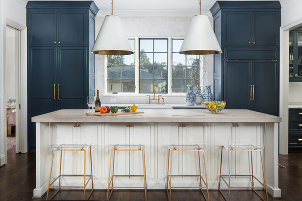 Transitional Kitchen by Tommy Daspit Photographer