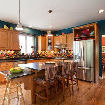 Vibrant Kitchen Backsplash