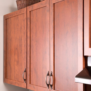 Vibrant Laminate Kitchen from Centreville, VA