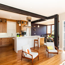 Contemporary Kitchen by Barker O'Donoghue Master Builders