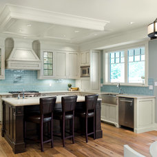 Traditional Kitchen by KM Interior Designs