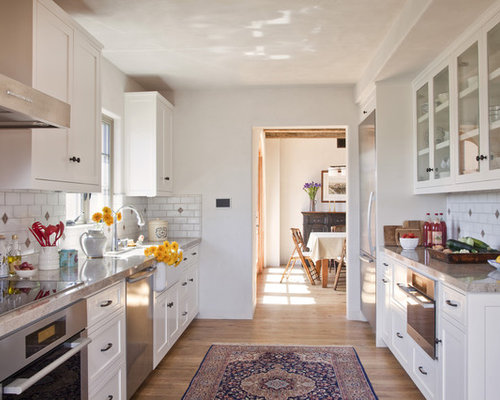 Closed Kitchen Houzz