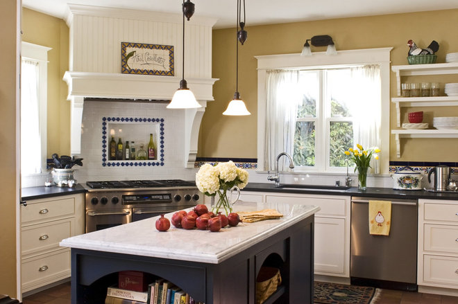 Traditional Kitchen by Allen Construction