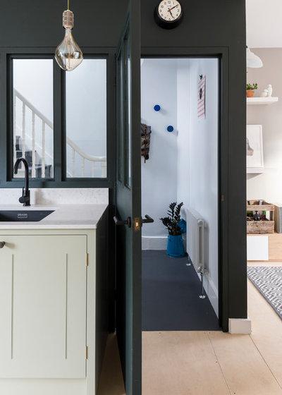 コンテンポラリー キッチン by REES Architects