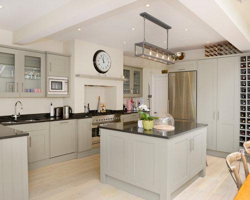 cuisine victorienne avec un vier 2 bacs photos et id es d co de cuisines. Black Bedroom Furniture Sets. Home Design Ideas