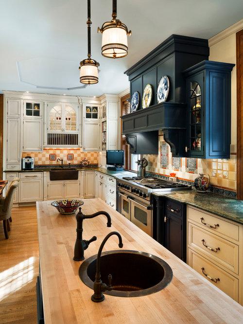 Warm kitchen designs home design ideas pictures remodel for Warm kitchen designs