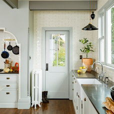 Traditional Kitchen by Anne Niedergang, Architect