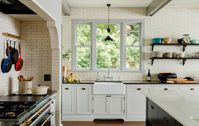 Design Recipe: How to Get a Modern Farmhouse-Style Kitchen