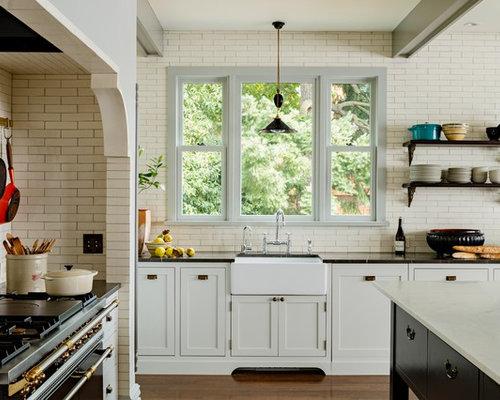 cuisine victorienne avec un lectrom nager noir photos et id es d co de cuisines. Black Bedroom Furniture Sets. Home Design Ideas
