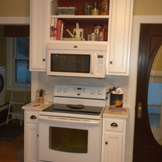 Traditional Kitchen by Wilco Cabinet Makers, Inc