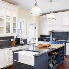 Traditional Kitchen by Tucker Construction Ltd.