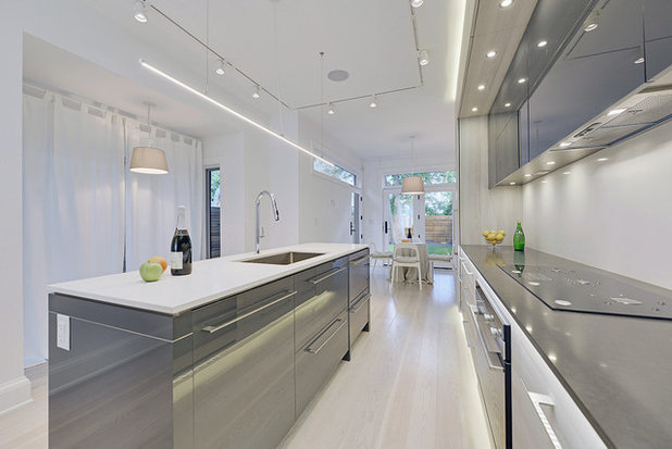 Contemporary Kitchen by Ph.D. Design Inc.