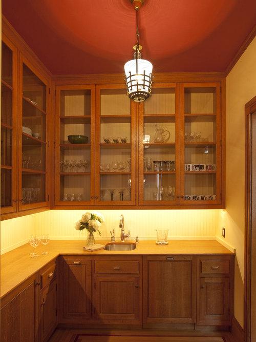 cuisine victorienne avec un plan de travail en bois photos et id es d co de cuisines. Black Bedroom Furniture Sets. Home Design Ideas