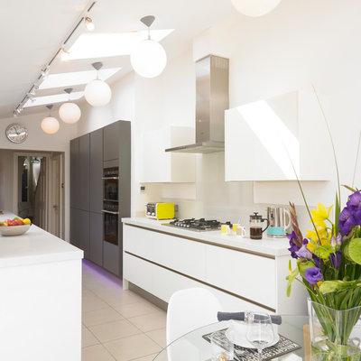 Contemporary Kitchen by Cream & Black Inner surface Design
