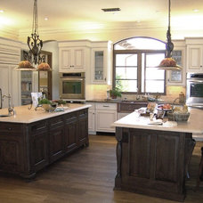 traditional kitchen by Design Moe Kitchen & Bath / Heather Moe designer