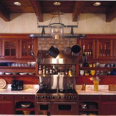 Kitchen by AHMANN LLC