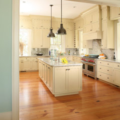 traditional kitchen by Christopher A Rose AIA, ASID