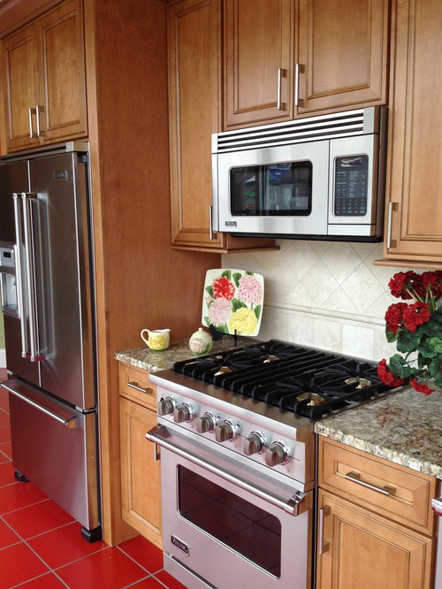 Example Of A Clic Kitchen Design In Detroit
