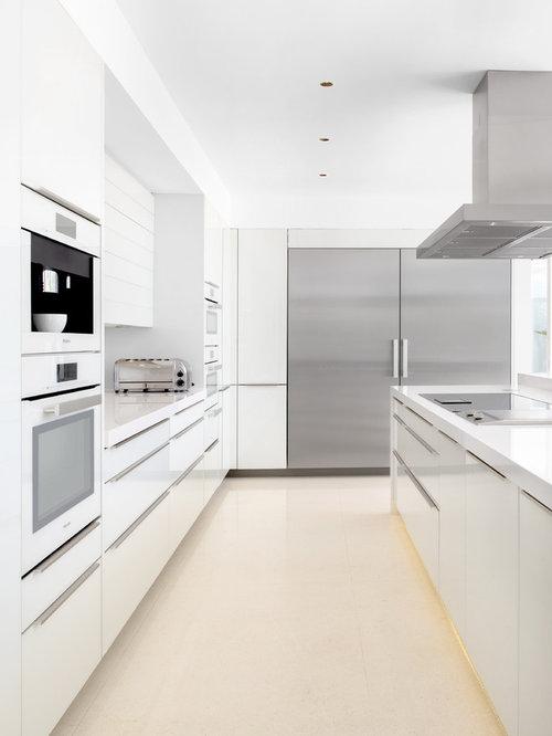 Hacker kitchen design ideas renovations photos for Hacker kitchen designs