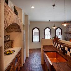 Traditional Kitchen by Dorado Designs