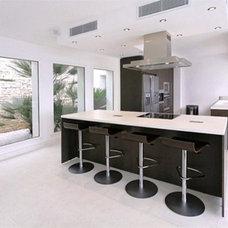 Contemporary Kitchen by Urban Cape