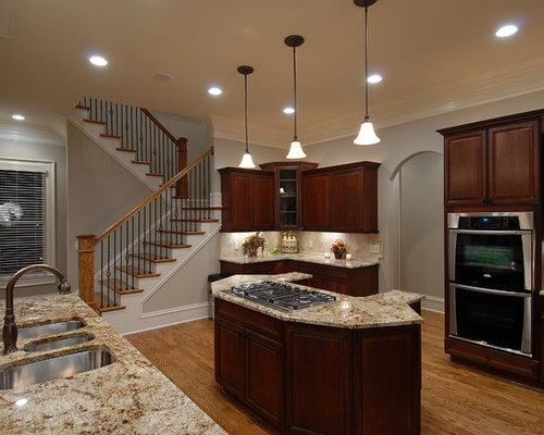 foto e idee per cucine  cucina con paraspruzzi con piastrelle in, Disegni interni