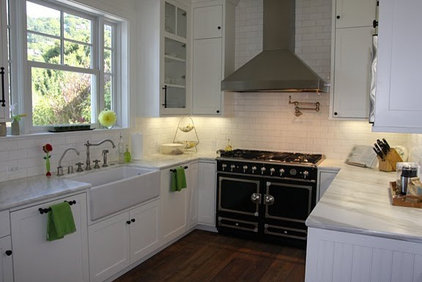 kitchen by Farmhouse Studio