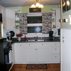 traditional kitchen by The Vintage Glitter House