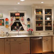 Eclectic Kitchen Vintage Inspired Kitchen Kitsch for sure!