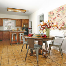 Contemporary Kitchen by StageRight Home Staging