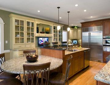 Virginia Beach Two-Tone Kitchen