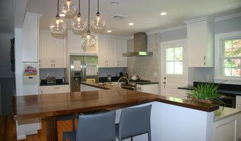 Virginia Mist and River White Granite Kitchen