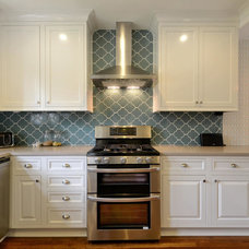 Traditional Kitchen by Watermark & Company