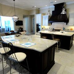 Fernandina Beach, FL. Vozza Two Tone Kitchen