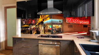VR Art Glass Kitchen Splashback - Melbourne Streetscape 'Pellegrini's'