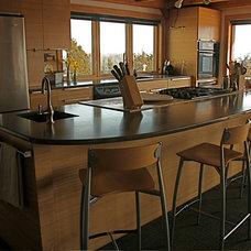 Modern Kitchen by Jean Terwilliger Architect