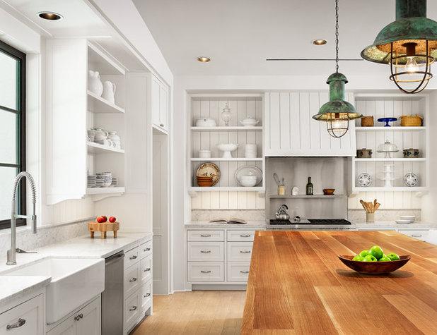 Farmhouse Kitchen by Dillon Kyle Architects (DKA)