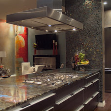 Contemporary Kitchen by Jan Niels