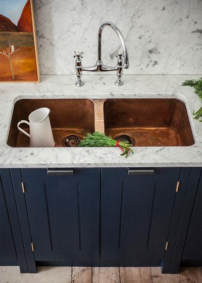 Glänzende Idee: Eine Kupferspüle In Der Küche