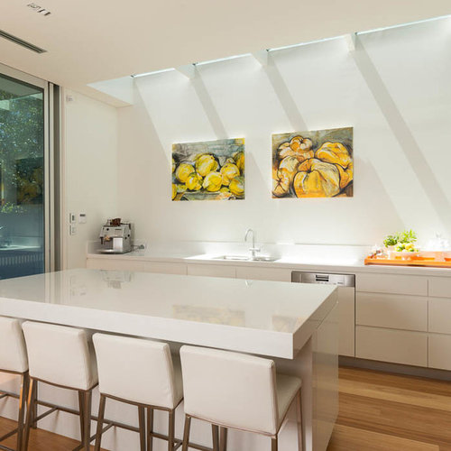 Houzz Open Plan Kitchen with Granite Benchtops Design Ideas
